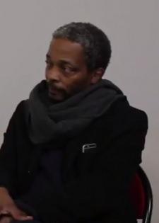 L'invité du soir : interview de Simon Njami