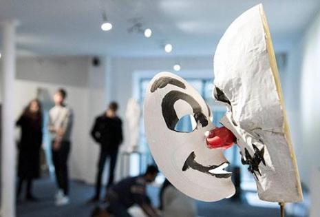 Quels sont les débouchés en art contemporain ?